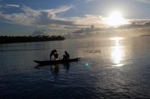 Aktifitas Nelayan di Pantai Mbromsi